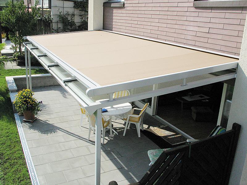 Système d'ombrage pour le jardin et les terrasses